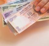 HAND HOLDING MONEY-SC-WIDTH 160px_HT 150px