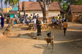 Kozzi-Villagers-Hanging-Out-442x294-ARTICLE 200PX_150 PX