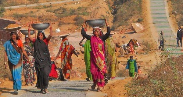 MGNREGA-Women-COVER-WIDTH-600px_HT-320px