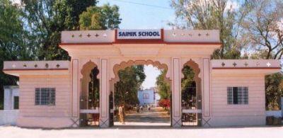 Sainik-School-Story-Page-400x195-06112012