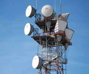 phone-tower_freerange-stock-ARTICLE-250px-X-150px1