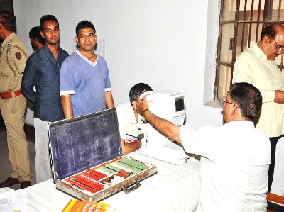 tihar-jail-eye-tests-ARTICLE1